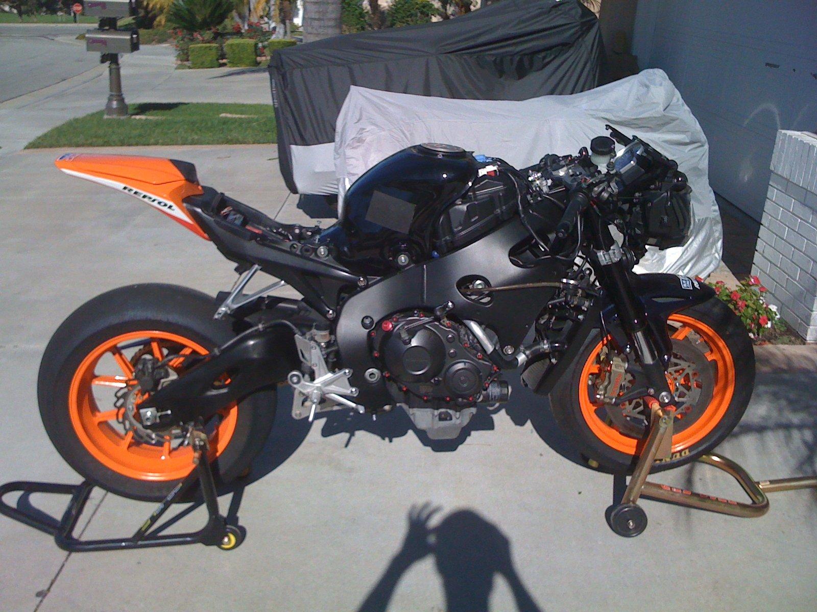 "2008 bike ""build"" with 2010 motor-006.jpg"