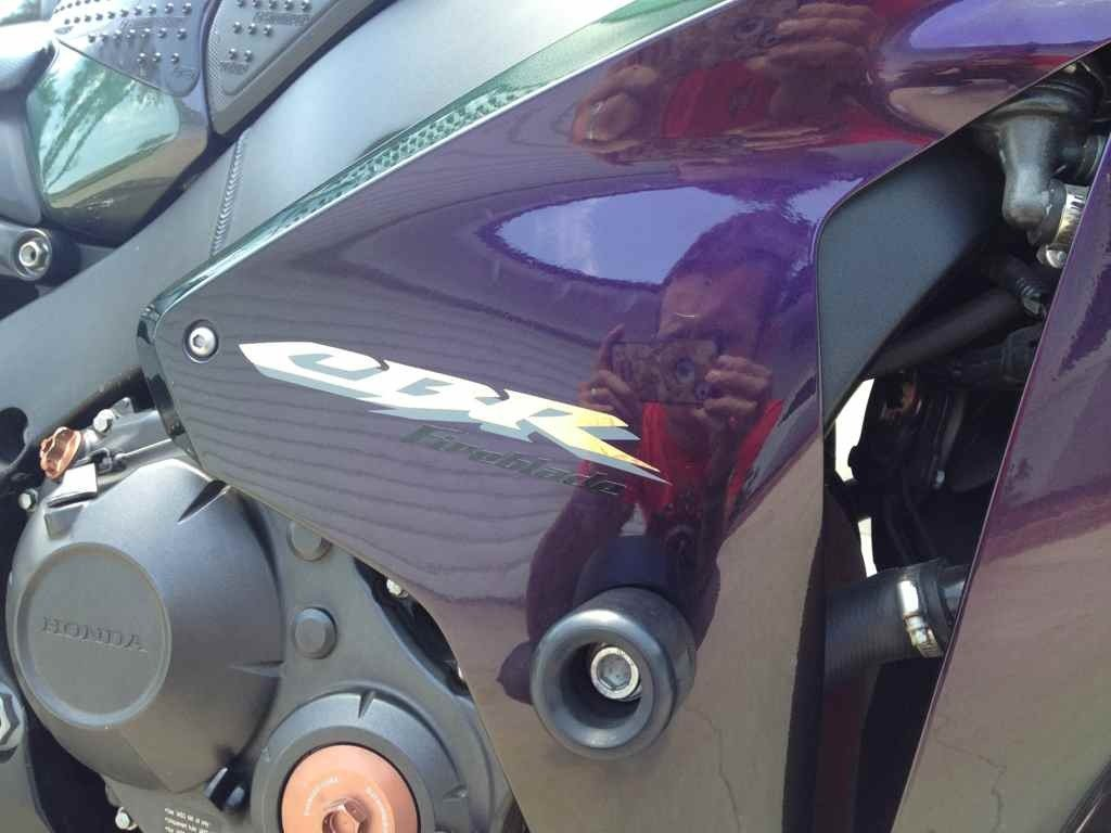 Need 1000RR decals for 2008 Blade!-imageuploadedbymo-free1352927794.650117.jpg