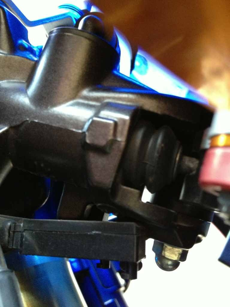 Brake lever switch question-imageuploadedbymo-free1353994670.387744.jpg