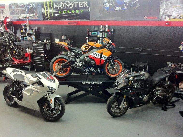 """2008 bike """"build"""" with 2010 motor-repsol-3.jpg"""