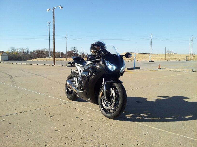 Non-discriminating bike pic thread.-uploadfromtaptalk1354329375073.jpg