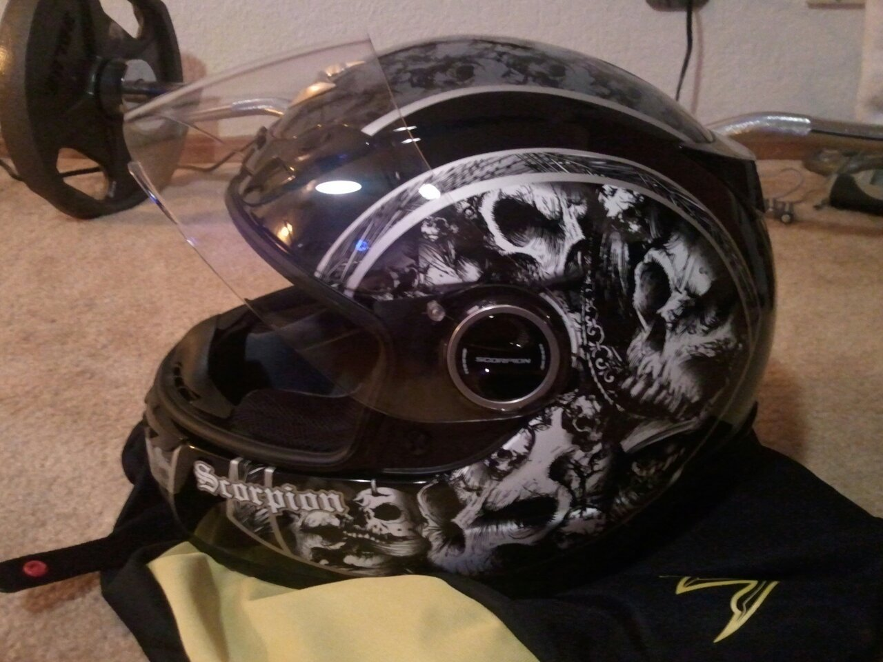 buying a new helmet! need your opinion!-uploadfromtaptalk1357173822080.jpg