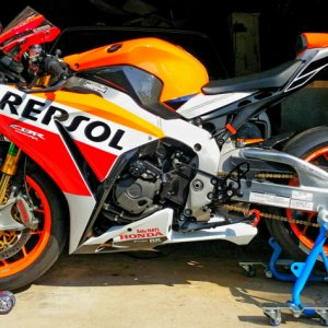 2015 Honda CBR1000RR SP Repsol Left Side white panels